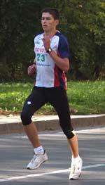 Аз докато бягам на късата дистанция на Софийския маратон